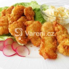 Kuřecí pikantní stripsy recept - Vareni.cz Cauliflower, Meat, Chicken, Vegetables, Ethnic Recipes, Cauliflowers, Vegetable Recipes, Cucumber, Veggies
