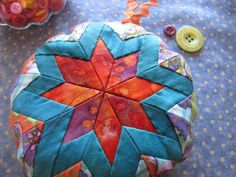 Folded Star Pincushion Tutorial.