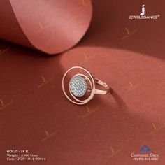 Glittering match for your outfit. Hand Jewelry, Gemstone Jewelry, Jewelry Rings, Gold Jewellery, Gold Finger Rings, Gold Rings, Gold Mangalsutra, Gold Ring Designs, Fashion Jewelry