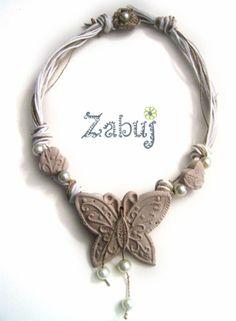 Collana donna con farfalla e cuoricini Shabby Chic