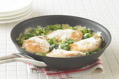 When time's tight, remember this Cheesy Chicken 'n Broccoli Simmer. It can be on the table and ready to eat in under half an hour.