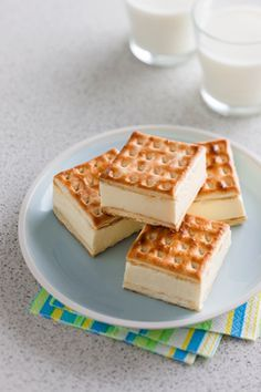 Custard cheesecake slice. I had these at a morning tea and they are absolutely delicious!