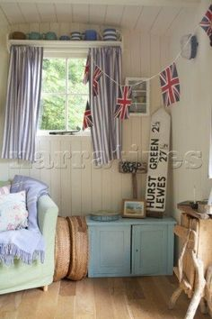 Beach hut interior coastal East Sussex - great for a garden house too! Beach Hut Interior, Shed Interior, Interior Design, Beach Cottage Style, Beach Cottage Decor, Seaside Decor, Coastal Cottage, Coastal Homes, Cottage Chic