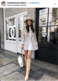 Chic Outfits, Trendy Outfits, Winter Outfits, Fashion Outfits, Womens Fashion, Looks Chic, Unique Dresses, Jacket Dress, Casual Chic