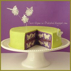 How to make Hidden Butterflies Inside a Baked #Cake.