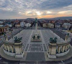 Budapest Hősök tere felülről, csodálatos fotó :D