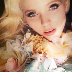 """Gucci Perfume Ad """"Flora"""""""