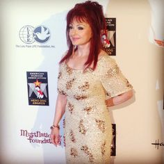 Country Music Star, Naomi Judd on the Red Carpet for Hero Dog Awards