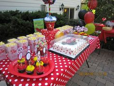 Mickey Mouse Party Birthday Party Ideas | Photo 7 of 25 | Catch My Party