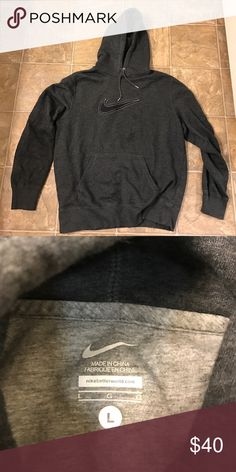 Men's Nike sweatshirt Charcoal grey sweatshirt. Great condition! Can be an oversized sweater for girls, or just a loungey sweatshirt! It's super comfy! Nike Sweaters Crewneck