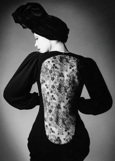 YSL 1970 | Marina Schiano | Photo: Jeanloup Sieff for Vogue.