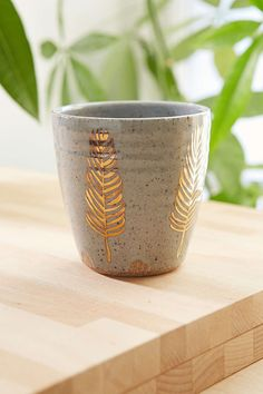 Pickle Pottery Speckled Feather Tumbler - Urban Outfitters