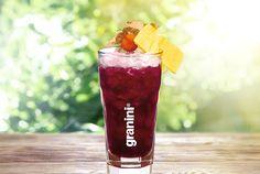 Ein Cherry Bliss ist im Handumdrehen zubereitet und an Frische kaum zu übertreffen! Der ideale Drink für den ganzen Tag und für jede Gelegenheit! #Cocktails #juicy #refreshing #cherry #alkoholfrei
