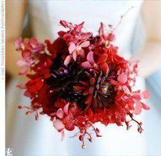 The Bridal Bouquet http://www.weddinginspiration.co/image/7512