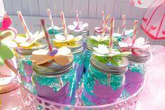 Mason jar drinks at a Magical Fairy Garden Birthday Party Butterfly Birthday Party, Fairy Birthday Party, Garden Birthday, 4th Birthday Parties, Party Garden, Garden Wedding, Birthday Ideas, Fairy House Cake, Baby Shower