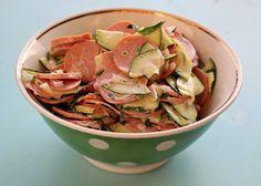 Zucchini-Wurst-Salat