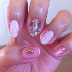 knit/sweater nail with pink by ling811 - Nail Art Gallery nailartgallery.nailsmag.com by Nails Magazine www.nailsmag.com #nailart