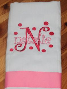 Burp Cloth Diapers, Cotton Diapers, Baby Burp Cloths, Burp Cloth Set, Baby Embroidery, Embroidery Monogram, Embroidery Ideas, Christmas Embroidery, Custom Embroidery