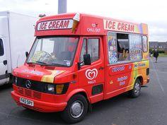 Ice Cream Van: Mercedes 207D