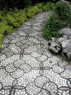 garden-pebble-stone-paths-ideas-creative-design-garden-landscape-ideas.jpg (600×802)