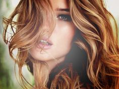 Rosie-Huntington Whitely