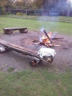 Heute ein Tipp, nachdem wir unseren Kindergeburtstag im Park der Yellowstone-Indianer in Flingern feierten: http://duesseldorf-fuer-kinder.de/blog/tipp/kindergeburtstag-yellowstone-indianer#utm_sguid=149230,b1065f22-e648-3a28-6127-6b6f02f0b506
