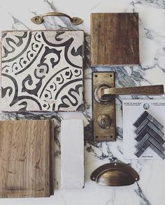 Still having such a G O O D time letting y'all takeover while I spend some time with family in Texas. This clean R U S T I C mix by has my patina-loving heart! Deco Design, Küchen Design, Home Design, Moodboard Interior, The Design Files, Cheap Home Decor, My Dream Home, Home Kitchens, Home Remodeling