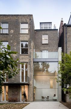 House on Bassett Road, London, 2007 - Paul+O Architects #extensions