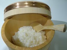 Ohitsu, a saver for steamed rice.  A step to eliminate excess water before serving.