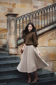 daily 2019 feminine& classy look Korean Girl Fashion, Korean Street Fashion, Muslim Fashion, Japanese Fashion, Asian Fashion, Modest Fashion, Skirt Fashion, Hijab Fashion, Fashion Dresses