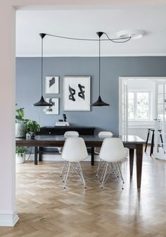 Wall Colors, House Colors, Colours, Dining Area, Dining Table, Scandinavian Home, Blue Walls, Wooden Tables, Modern Rustic
