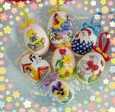 Cross Stitch Bird, Cross Stitching, Easter Eggs, Animal, Christmas Ornaments, Holiday Decor, Punto Croce, Decorations, Kitchen