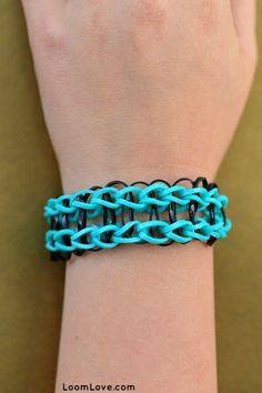 8 Easy Bracelets for Rainbow Loom Beginners-- I want to try this style.