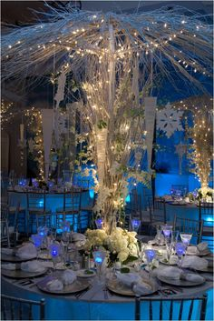 This magical centre piece is idyllic and is a great touch for a winter wonderland themed party.