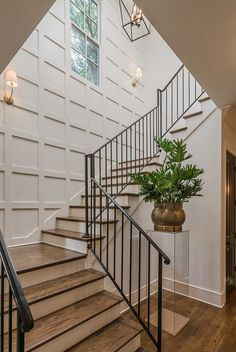 Love the board & batten grid on the stairwell wall! Love the board & batten grid on the stairwell wall! House Design, New Homes, House Styles, Beautiful Homes, Stairwell Wall, Staircase Design, Stylish Interiors, Wall Treatments, Stairways