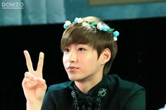 Hyunkyung in a flower crown...