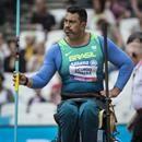 Jonas Licurgo foi ouro no Parapan de Toronto-2015 (Foto: Marcio Rodrigues/MPIX/CPB)  Atleta carioca supera início ruim e obtém marca para ir ao pódio em seu penúltimo lançamento no Estádio Olímpico de Londres (ING).  Jonas Licurgo deu ao Brasil a segunda medalha no Mundial de atletismo paralímpico de Londres, na Grã-Bretanha. Neste sábado, o carioca de 47 anos conseguiu a prata no lançamento de dardo classe F55, após um início difícil de prova. As disputas são realizadas no Estádio Olímpico…