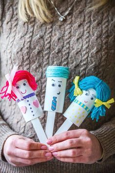 Dolly puppet project from Get Crafty by Ali Coghlan. Easter Holidays, Fun Crafts For Kids, Puppets, Ali, Teacher, Crafty, Projects, Log Projects, Professor