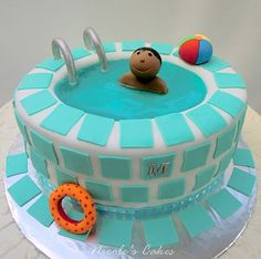 Oh my gosh, I adore this cake!!! Somebody have me make this for you! :)