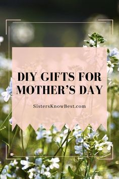 Looking for the perfect Mother's Day gift idea? Check out some of our favorite DIY Mother's Day projects you can do to show her you care. Diy Gifts For Mothers, Diy Gifts For Kids, Mothers Day Crafts, Mother Day Gifts, Diy Crafts For Teen Girls, Diy Crafts For Adults, Easy Diy Crafts, Diy Mother's Day Projects, Make Your Own Card