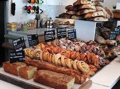 rosendals trädgård. Allt bröd från bageriet på Rosendals Trädgård bakas för hand, av utvalda ekologiska råvaror av bästa kvalitet.