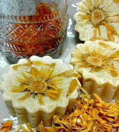 """Купить Натуральное мыло """"Календула"""" - лимонный, натуральное мыло, мыло ручной работы, мыло в подарок"""