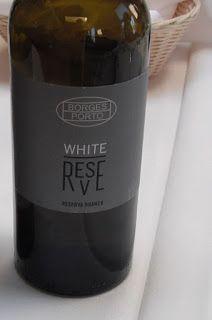 HIPPOVINO: Borges Porto Blanc Reserva – Importation privée de la semaine Portugal, Sauce Bottle, Red Wine, Alcoholic Drinks, Glass, Desserts, Food, Wine Pairings, Porto