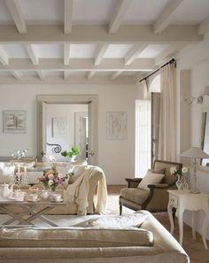 Trendy Home Inspiration White Beams Cottage Living Rooms, Cottage Interiors, Home Living Room, Living Room Decor, Dining Room, French Country Rug, French Country Decorating, Painted Beams, Country Farmhouse Decor