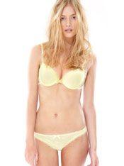 Oysho - Color Lingerie - LOOKBOOK - España Lingerie Models, Cheer, Bra, Spring, How To Wear, Advertising, Fashion, Moda, Fashion Styles