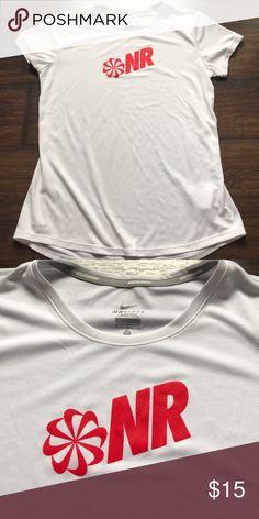 💞BOGO 50%💞Nike Dri-Fit Running Top Size medium white Nike Dri-Fit running tee Nike Tops Tees - Short Sleeve