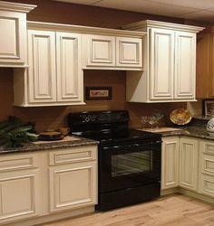 27 Fresh Antique White Kitchen Cabinets To Brighten Your E