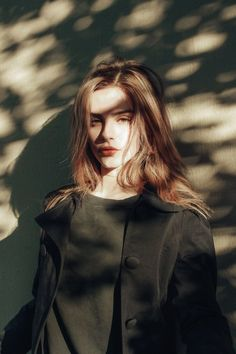 Imagem de bridget satterlee, aesthetic, and grunge Girl Photography, Creative Photography, Tabletop Photography, London Photography, Digital Photography, L'art Du Portrait, Bridget Satterlee, Poses Photo, Grunge Look