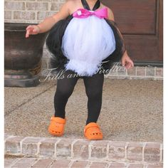 Omg lol Penguin Tutu Costume.. Great Halloween Costume