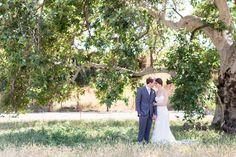 Willow tree wedding portraits, bride and groom Shaffer-Ranch-Chico-California-Wedding-Photographer-TréCreative